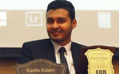"""الشاب كريم آدم يشارك في الدورة الـ46 لـ""""القاهرة للكتاب"""" بـ40 غلافًا"""